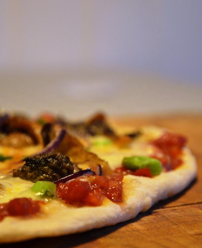 pizza med kjøtboller